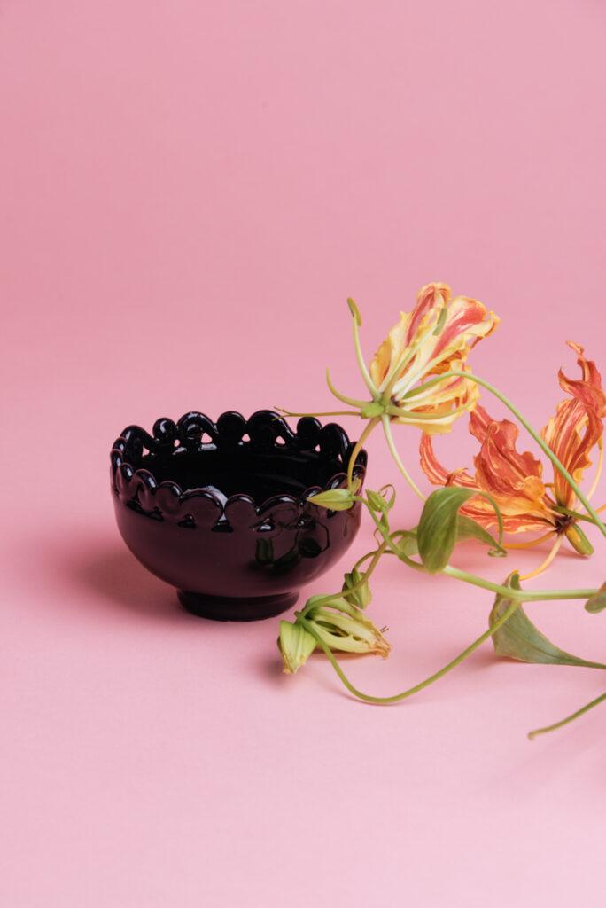 Coppetta in ceramica nera handmade di Grottaglie
